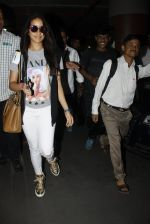 Shraddha Kapoor snapped at airport on 12th July 2016 (14)_5785b7e78c2a2.JPG