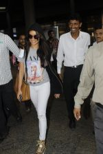Shraddha Kapoor snapped at airport on 12th July 2016 (2)_5785b7ce2dc16.JPG