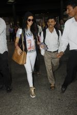 Shraddha Kapoor snapped at airport on 12th July 2016 (3)_5785b7cf0f0e6.JPG