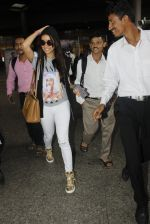 Shraddha Kapoor snapped at airport on 12th July 2016 (4)_5785b7cfd105d.JPG
