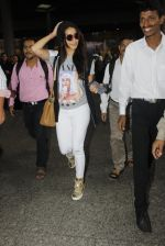 Shraddha Kapoor snapped at airport on 12th July 2016 (6)_5785b7d87cda9.JPG