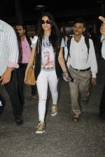 Shraddha Kapoor snapped at airport on 12th July 2016 (8)_5785b7dbe6e24.JPG