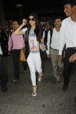 Shraddha Kapoor spotted at the airport at midnight on July 13, 2016 (4)_5785b3bdf01a3.JPG