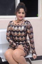 Madhavi Latha (57)_5787cd3b322f0.jpg