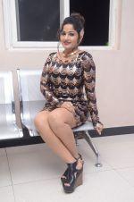 Madhavi Latha (68)_5787cddb0e7ac.jpg