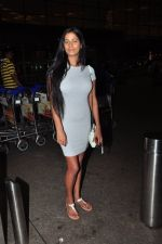 Poonam Pandey at airport on 13th July 2016 (27)_5787169372e8c.JPG
