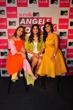 Shalmali Kholgade,Akasa Singh, Anusha Mani at Sunsilk & MTV present Angels of Rock on 13th July 2016 (75)_57872e74b93e3.JPG