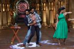 Vivek Oberoi, Riteish Deshmukh,Urvashi Rautela promote Great Grand Masti on the sets of Comedy Nights Bachao on 13th July 2016-1 (17)_57875366a6f74.JPG