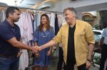 Abu Jani at the launch of FANTASTIQUE by Abu Sandeep on 15th July 2016 (31)_578929f45cfed.JPG