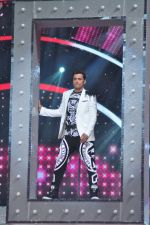 Ganesh Hegde on the sets of Jhalak Dikhla Jaa 9 in Mumbai on 15th July 2016 (4)_5789372b9c57d.JPG