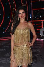 Karishma Tanna on the sets of Jhalak Dikhla Jaa 9 in Mumbai on 15th July 2016