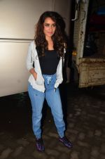 Shraddha Kapoor snapped at Mehboob on 15th July 2016 (12)_578936eb55bc3.JPG