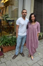 Shraddha Nigam, Mayank Anand at the launch of FANTASTIQUE by Abu Sandeep on 15th July 2016 (25)_57892a5a619cb.JPG
