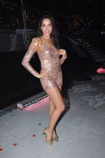 on the sets of Jhalak Dikhla Jaa 9 in Mumbai on 15th July 2016 (76)_578937a06bb77.JPG