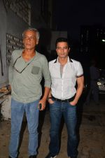 Sudhir Mishra at Satish Kaushik_s play Mr and Mrs Murarilal premiere on 16th July 2016 (6)_578b74de450f3.JPG