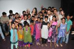 Shekhar Tolani and  Mandana Karimi with children of Ashraya Initiative_578c605179fb1.JPG