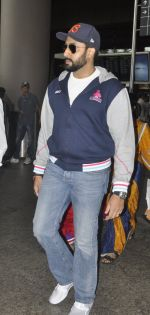 Abhishek Bachchan snapped at airport on 18th July 2016