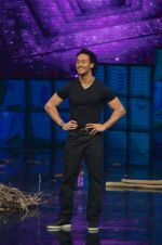 Tiger Shroff at A Flying Jatt film promotions on the sets of Dance Plus Season 2 on 19th July 2016