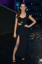 at A Flying Jatt film promotions on the sets of Dance Plus Season 2 on 19th July 2016 (128)_578f17ccaa431.JPG