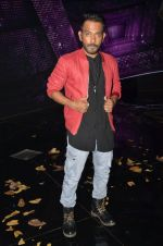 at A Flying Jatt film promotions on the sets of Dance Plus Season 2 on 19th July 2016 (130)_578f17ce660a9.JPG