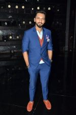 at A Flying Jatt film promotions on the sets of Dance Plus Season 2 on 19th July 2016 (150)_578f17d1076c3.JPG