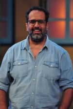 Anand L. Rai promotes Happy Bhag Jayegi on the sets of The Kapil Sharma Show on 20th July 2016 (40)_57904f37409c2.JPG