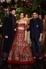 Deepika Padukone, Manish Malhotra, Fawad Khan during the FDCI India Couture Week 2016 at the Taj Palace on July 21, 2016 (14)_57903de58128d.JPG