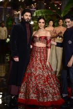 Deepika Padukone, Manish Malhotra, Fawad Khan during the FDCI India Couture Week 2016 at the Taj Palace on July 21, 2016 (5)_57903ddf78bcc.JPG
