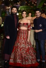 Deepika Padukone, Manish Malhotra, Fawad Khan during the FDCI India Couture Week 2016 at the Taj Palace on July 21, 2016 (7)_57903de1a9eed.JPG