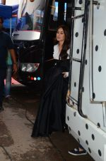 Kareena Kapoor Khan is snapped at shooting for an advertisement in Mumbai on July 20, 2016 (2)_579050fb0f120.JPG
