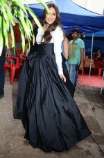 Kareena Kapoor Khan is snapped at shooting for an advertisement in Mumbai on July 20, 2016 (21)_5790510944d42.JPG