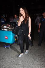 Raai Laxmi snapped at airport on 20th July 2016 (1)_579043cf57d7d.JPG