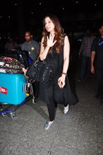 Raai Laxmi snapped at airport on 20th July 2016 (6)_579043d3d4d3d.JPG