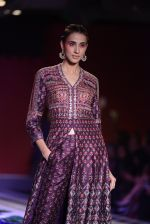 Alecia Raut walk the ramp for Anita Dongre show at the FDCI India Couture Week 2016 on 21st July 2016 (375)_5791a54383df7.JPG