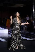 Bhumi Pednekar walk the ramp for Anita Dongre show at the FDCI India Couture Week 2016 on 21st July 2016 (280)_5791a5ae73e48.JPG
