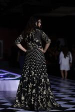 Bhumi Pednekar walk the ramp for Anita Dongre show at the FDCI India Couture Week 2016 on 21st July 2016 (282)_5791a5afac101.JPG