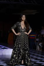 Bhumi Pednekar walk the ramp for Anita Dongre show at the FDCI India Couture Week 2016 on 21st July 2016 (307)_5791a5b3adfb2.JPG