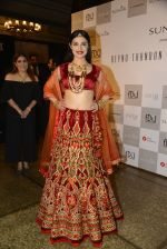 Divya Khosla Walks For Reynu Taandon at the FDCI India Couture Week 2016 (35)_57922c1e38221.JPG