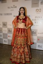 Divya Khosla Walks For Reynu Taandon at the FDCI India Couture Week 2016 (47)_57922c27a34ce.JPG