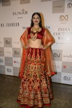 Divya Khosla Walks For Reynu Taandon at the FDCI India Couture Week 2016 (48)_57922c2929457.JPG
