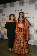 Divya Khosla Walks For Reynu Taandon at the FDCI India Couture Week 2016 (21)_57922c12c51fc.JPG