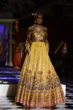 Model walk the ramp for Anita Dongre show at the FDCI India Couture Week 2016 on 21st July 2016 (281)_5791a5b80b6e0.JPG