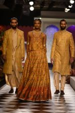 Model walk the ramp for Anita Dongre show at the FDCI India Couture Week 2016 on 21st July 2016 (285)_5791a5b98bbab.JPG