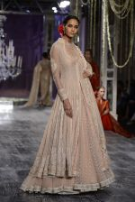 Model walk the ramp for Tarun Tahiliani show at the FDCI India Couture Week 2016 on 21st July 2016 (134)_5791a7cf502c5.JPG
