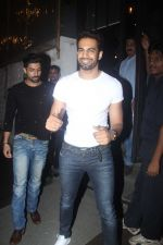 Upen Patel snapped at Nido on 21st July 2016 (26)_5791d6c5a036f.JPG