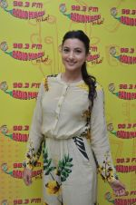 Gauhar Khan at Radio Mirchi studio on 22nd July 2016