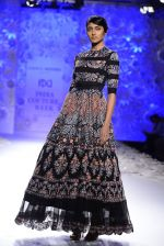 Rahul Mishra showcases Monsoon Diaries at the FDCI India Couture Week 2016 in Taj Palace on 22 July 2016 (61)_5792f96474bdb.JPG