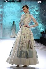 Rahul Mishra showcases Monsoon Diaries at the FDCI India Couture Week 2016 in Taj Palace on 22 July 2016 (66)_5792f9679cc81.JPG
