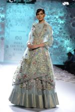 Rahul Mishra showcases Monsoon Diaries at the FDCI India Couture Week 2016 in Taj Palace on 22 July 2016 (73)_5792f96bf422c.JPG