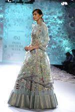 Rahul Mishra showcases Monsoon Diaries at the FDCI India Couture Week 2016 in Taj Palace on 22 July 2016 (74)_5792f96c93b16.JPG